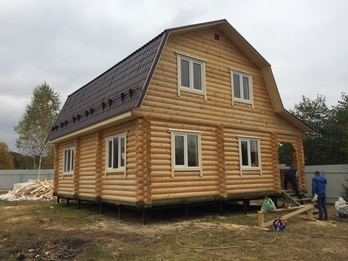Дом из бревна 2012