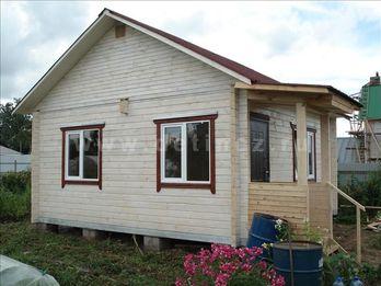 Одноэтажный дачный дом из бруса 1202