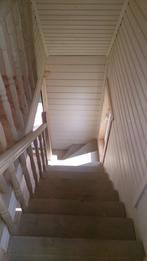 Деревянная лестница (фото 01)