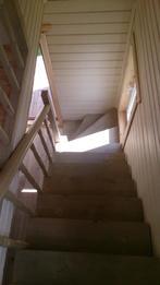 Деревянная лестница (фото 02)