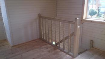 Деревянная лестница (фото 03)