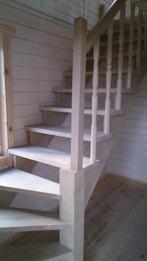 Деревянная лестница (фото 05)