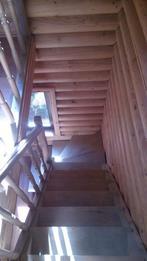 Деревянная лестница (фото 07)