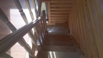 Деревянная лестница (фото 09)