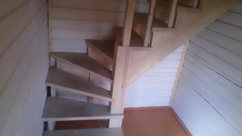 Деревянная лестница (фото 16)