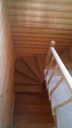 Деревянная лестница (фото 25)