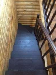 Деревянная лестница (фото 42)