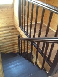 Деревянная лестница (фото 43)