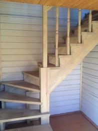 Деревянная лестница (фото 49)