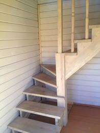Деревянная лестница (фото 50)